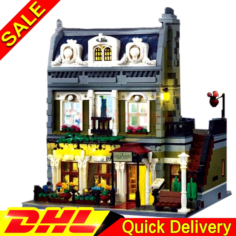 With light Lepin 15010B 15010 Creator Expert City Street Parisian Restaurant Model Building Blocks legoings Toys Clone 10243 a toy a dream lepin 15008 2462pcs city street creator green grocer model building kits blocks bricks compatible 10185