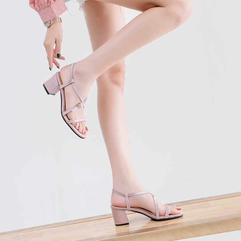 2019 été nouveau femmes sandales mode mince ceinture croix sandales confortable épais avec des sandales pour femmes grande taille 34-43y391