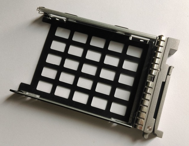 """Free Shipping UCS Server 2.5"""" Hard Drive Tray SAS HDD Caddy Sled Bracket Part Number 800-35052-01"""
