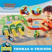 Orijinal Thomas elektrikli tren oyuncak plastik demiryolu yapı parça araba oyuncak çocuk koleksiyonu tren Thomas ve arkadaşlar DNR41|Pres Döküm ve Oyuncak Araçlar|   -