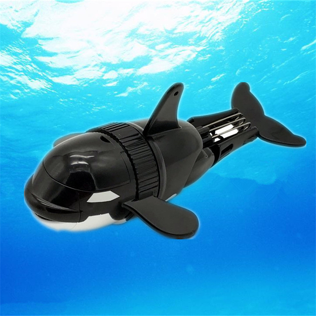 18cm Simulation of electric fish Children's bathing water toys Clockwork small fish boat swimming fishing toys