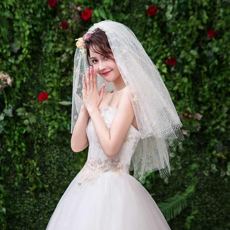 Kyunovia Witty 4 Tier Cut Edge Bridal Gouden Sluier Bling Bling Zeester Lace Shining met Metalen Kam Korte Bruiloft sluier D125