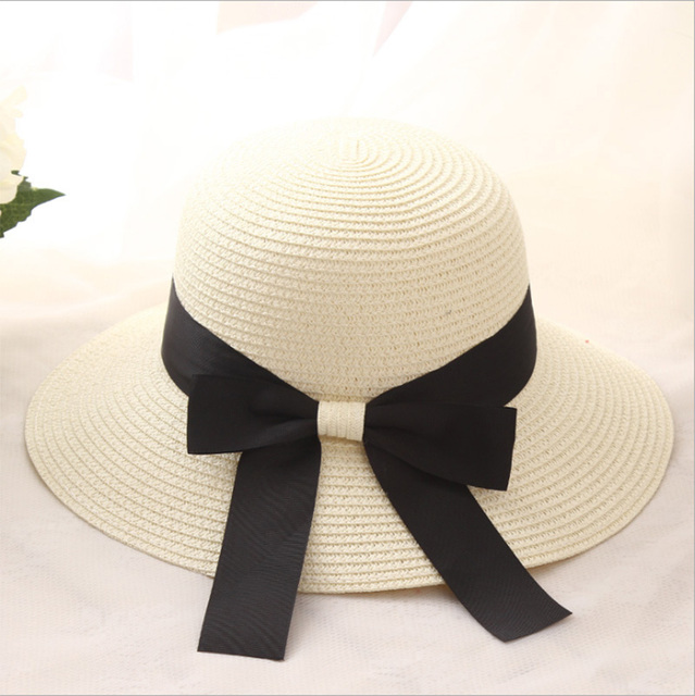7f533aa4f5588 2018 New Women Wide Brim Floppy Summer Women s Sun Hat Black Bowknot Ribbon  Flanging Straw Hat Beach Caps Anti-UV straw hats