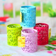 1pcs Newest Hollow Rose Flower Pattern Metal Pen Pencil Pen Holder Toys with Action Figure Round Pink Pen Holder Gift Toys