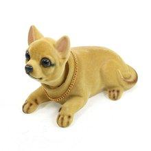 Decoração Brinquedo Do Cão Chihuahua Concordando Bobblehead Painel Do Veículo Auto