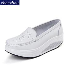 2019 wiosna prawdziwej skóry matka obuwie białe buty pielęgniarskie antypoślizgowe kliny plus rozmiar platformy buty pielęgniarskie tanie tanio Mieszkania Dla dorosłych Na co dzień Mieszkanie platformy Slip-on Wiosna jesień Okrągły nosek zhenzhou Płytkie Graniczy