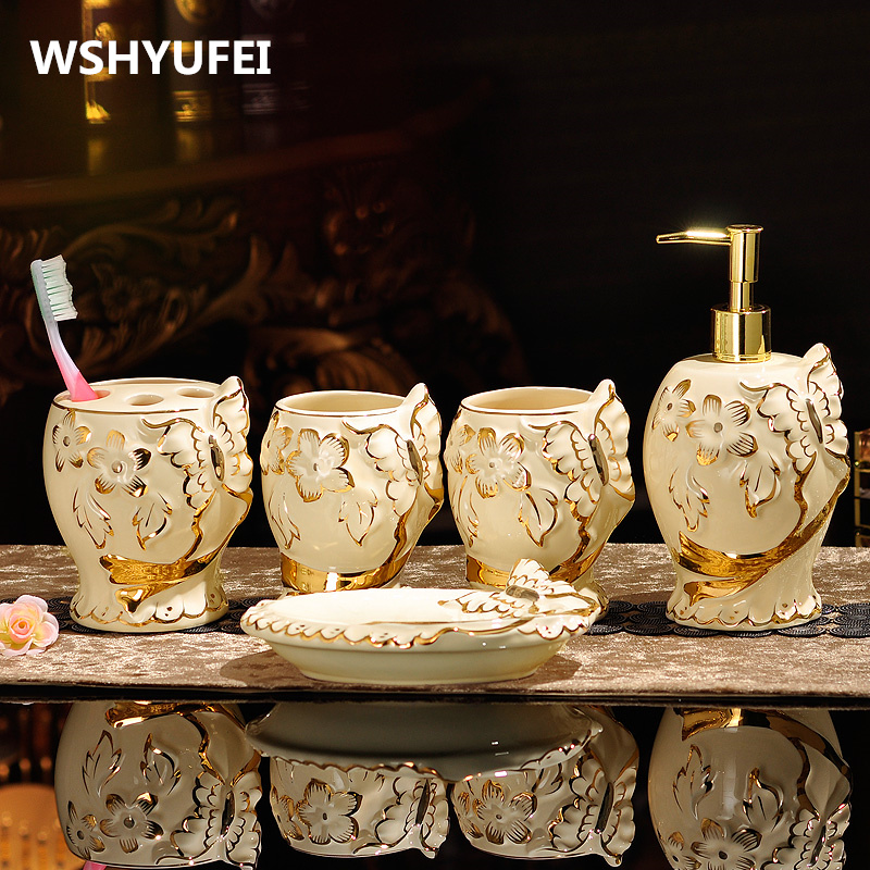 European 5pcs high quality bathroom accessories Jingdezhen ceramic handicrafts hand made home decoration wedding decoration gift