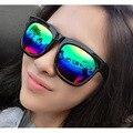 Atacado Nova Marca Retro das Mulheres Dos Homens Óculos de Sol Ao Ar Livre Grossas Mesmo Estilo Óculos de Sol Reflexivo