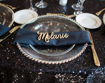 Wycinanki na wesele lub dekoracje na imprezy okolicznościowe karty towarzyskie karty stołowe na imprezę złota karteczka z miejscem nazwa tabliczka z drewna tanie i dobre opinie Almendro CN (pochodzenie)