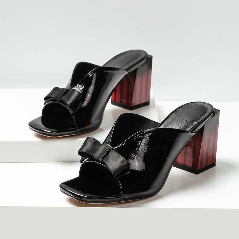 2019 damen Hausschuhe Spitz bowties dicke high Heels Schuhe Sommer Mode Außerhalb Frauen Maultiere Schuhe größe 41 42 43