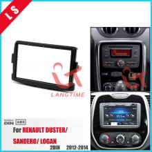 купить 2Din Car Radio Fascia for 2012 2013 2014 RENAULT DUSTER SANDERO LOGAN 2 DIN Auto Stereo Interface DVD Player Panel Dash Trim Kit по цене 1036.24 рублей