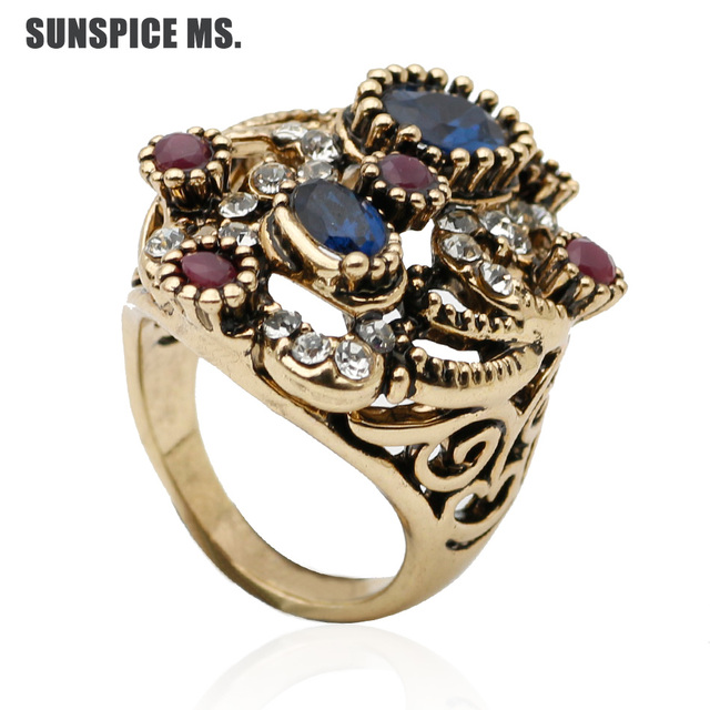 Exquisite Indian Women Vintage Ring Resin Finger Jewelry Antique Color Ethnic Hollow Flower Bridal Wedding Rings
