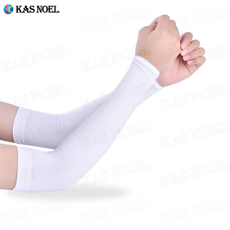 Outdoor UV Protection Men Women Cooling Arm Sleeves Ice Silk Cooler Sleeves Arm Cover For Running Biking Driving Fishing Golf