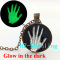 Glowing Jewelry Palm Necklace Medical Radiology Jewelry Glass Palm Pendant Glow in The Dark Jewelry Necklace