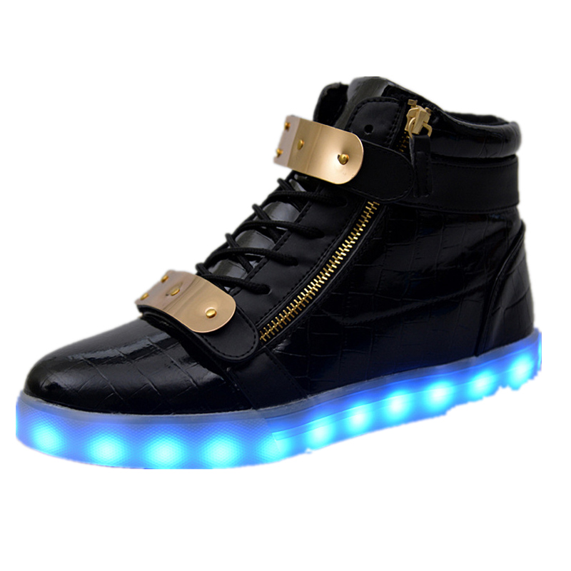 ФОТО Men Shoes 7 Colors LED Luminous High top Cut casual shoes LED Shoes for Adults recharge Lights fashion boot solid neon basket