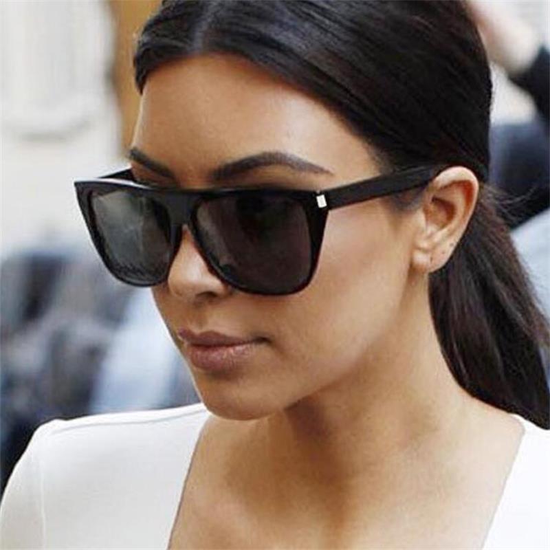 2018 Retro Frauen Luxus Flache Top Platz Sonnenbrille Elegante Niet Männer übergroßen Sonnenbrille Weibliche Kim Kardashian Sonnenbrille