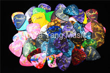 Lots of 100pcs Pearl Celluloid Acoustic Electric Guitar Picks Bass Plectrums Free Shipping