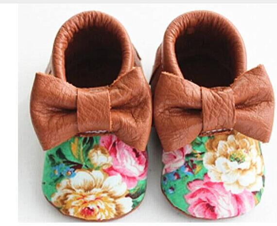 Wholesale 50pairs/lot Genuine Leather Bow Print Flowers Baby shoes Toddler Tassel Baby moccasins Girls First Walker shoes