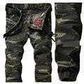 Estilo europeu 2017 dos homens calças de brim denim calças, verde do exército camuflar calça jeans Calças Lápis Magros das calças de brim, Calça Jeans Motociclista zíperes Homens