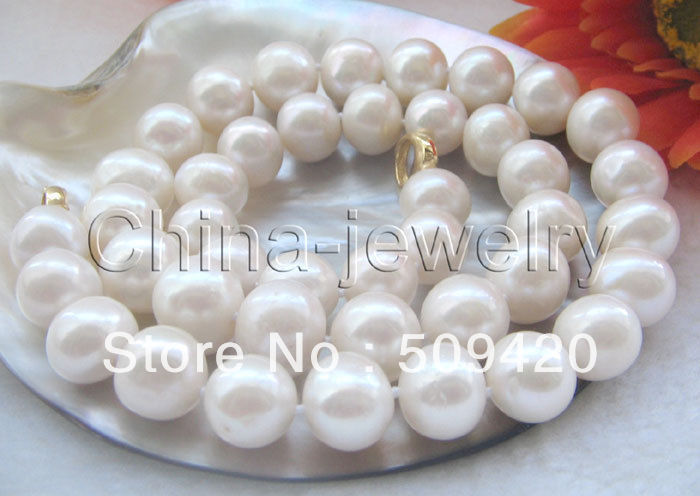 FREE SHIPPING>>@> HOT >>Beautiful 18 12-14mm white round freshwater pearl necklace - GP claspFREE SHIPPING>>@> HOT >>Beautiful 18 12-14mm white round freshwater pearl necklace - GP clasp