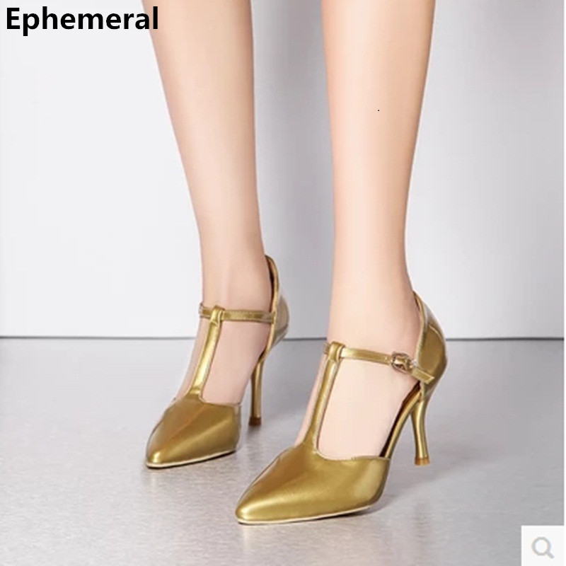 Lady Fashion Plus size(4 17) Patent leather T Strap pointed toe Cover heel Buckle Strap high heels sandals OL shoes women pumps