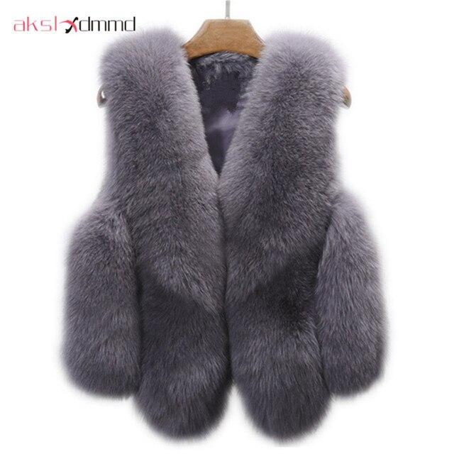 Large Size Fur Vest Autumn Winter Women 's Faux Fur Vest Waistcoat Imitation Fox Fur Short Jacket 2017 New Spring Fur Coat LH585