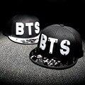 Письмо BTS Звезда Hat Cap горячие продажа заклепки бейсболки и шляпы оборудованная шляпу Случайный крышка панели хип-хоп шляпа шапка студент #70005