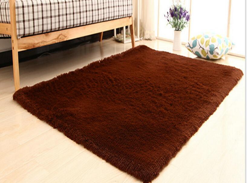 Living Room Carpet European Fluffy Mat Kids Room Rug Bedroom Mat Antiskid Soft Faux Fur Area Rug Rectangle Mats Gray Red Green 18