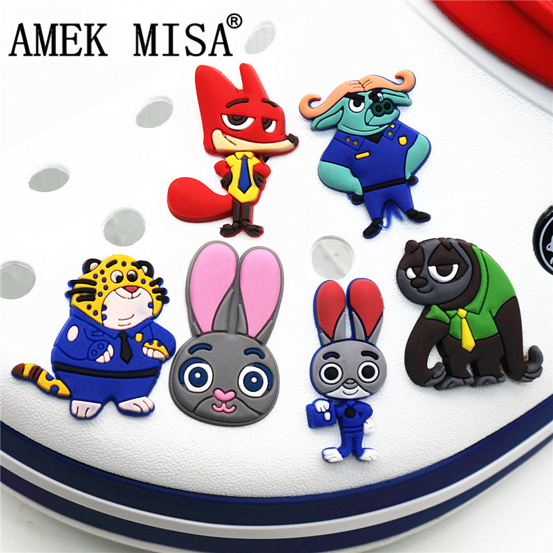1Pcs The Cartoon Movie Zootopia PVC Croc Shoe Charms Accessories Garden Shoe Decoration For Jibz Kid's Party X-mas Gift