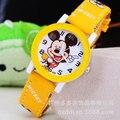 Nuevo 2016 moda fresca reloj de mickey de la historieta para niños chicas de Cuero relojes digitales para los niños los niños de regalo de Navidad reloj de pulsera