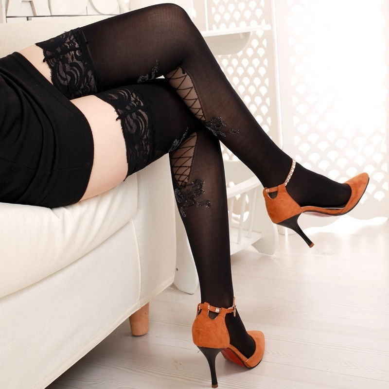 Hot top nylons
