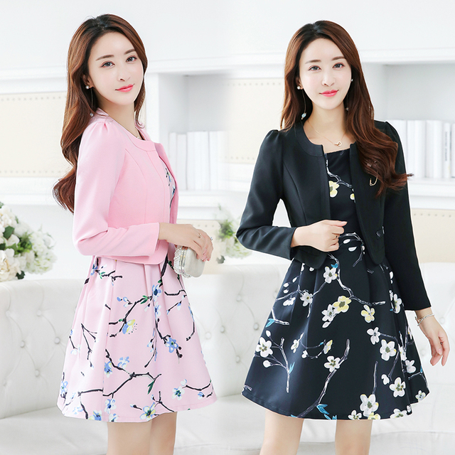 551c9da9318 free shipping new fashion Korean style plus size womens 2 piece set floral  dress suits spring autumn women clothes set CSWC007-in Women s Sets from  Women s ...