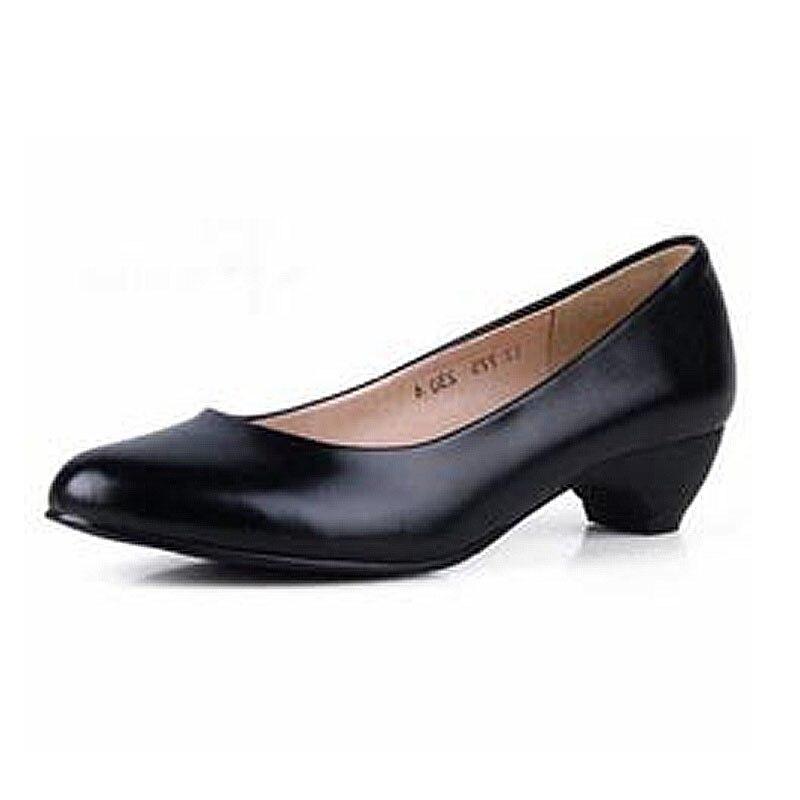 ФОТО Women Genuine Leather Office Shoes Woman Classic Plain Cow Leather Low Heeled Women Pumps Elegant Ladies Office Heels Size 34-41
