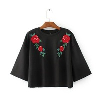 X605 Women Fashion Red Floral Embroidery Black Color Short Design Loose Sweatshirt Hoodie Ladies Casual Pullover