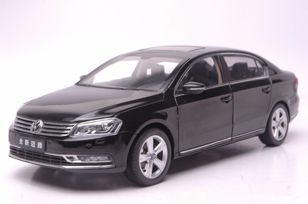 1:18 Diecast Model for Volkswagen VW Magotan B7L 2012 Passat Black Alloy Toy Car Collection Gifts  black diecast model car for 1 18 bmw 760li f02 luxury 7 series vehicle miniature toys alloy gifts collection minicar