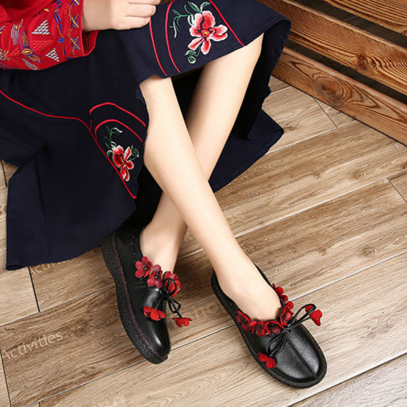 Women Genuine Leather Flats Flower Low Heel Shoes Autumn 2018 Soft Leather Loafer For Women Handmade Black Casual Moccasin Women