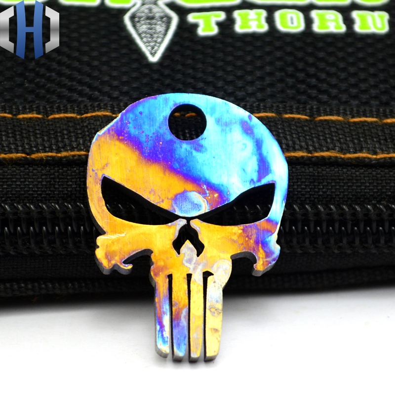 Cool Colorful Skull Titanium Pendants Punder Baked Blue TC4 EDC Pendant Titanium Alloy Multifunctional Tool Pendant knife Beads in Paracord from Sports Entertainment