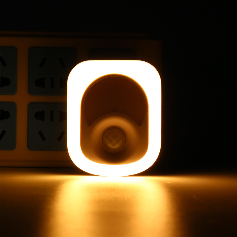 26 LED Human Infrared Activated Motion Sensor PIR Night Light Warm White Wall Emergency Lamp Hallway Bedroom Home AC220-240V