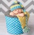 Newborn baby boy apoyos de la fotografía casquillos de media en gris y negro pixie bebé gorro de navidad
