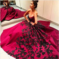 2017 Sweetheart Empire Sleeveless Women Formal Party Gowns Fashion Design Black Lace Appliques Red A-Line Evening Dress 2-26