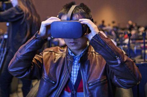 传Facebook将推多款独占VR游戏 包括《刺客信条》和《细胞分裂》