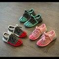 Zapatos de los niños del Otoño 2016 Nuevos Zapatos Yeezy Zapatillas Bebé Muchachas Del Muchacho Niños Ocasional zapatos Transpirables Zapatos Corrientes de Alta Calidad