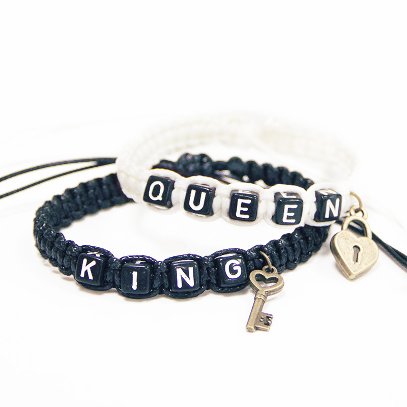 2pcs/pair Couple Bracelets Black King And White Queen With Key Lock Rope Chains Lovers Gift Handmade Charm Bracelets Accessories(China)