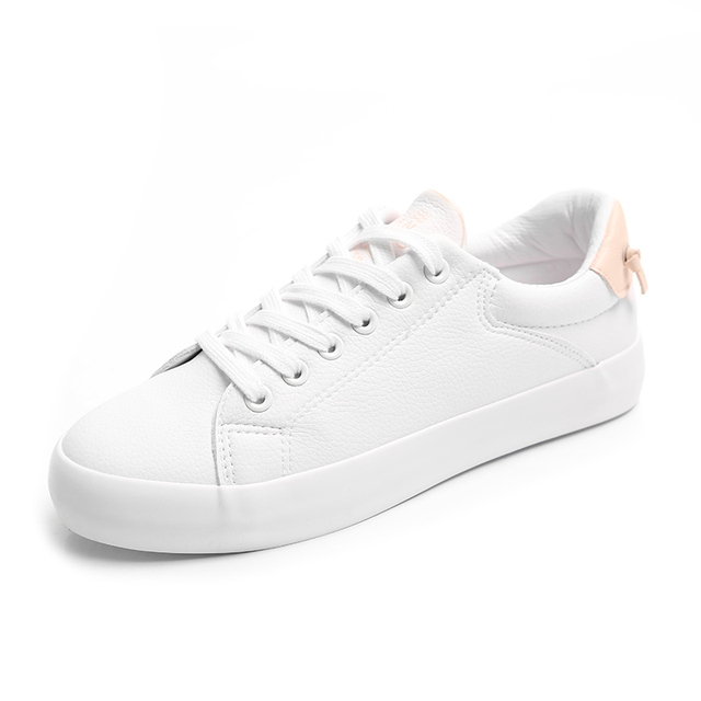 4ce65e68aaf6 HUANQIU Women White Shoes 2018 Fashion Trends Female Casual Shoes Cute  Tails Sneakers for Spring Summer