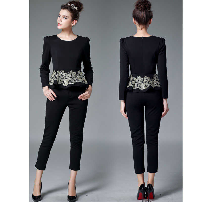 Elegant Suits For Women - Go Suits