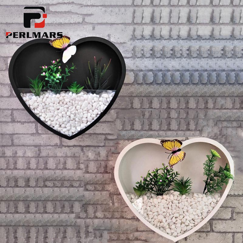 Creative Metal Iron Hanging Planter Vase Heart Shaped Wall Vases
