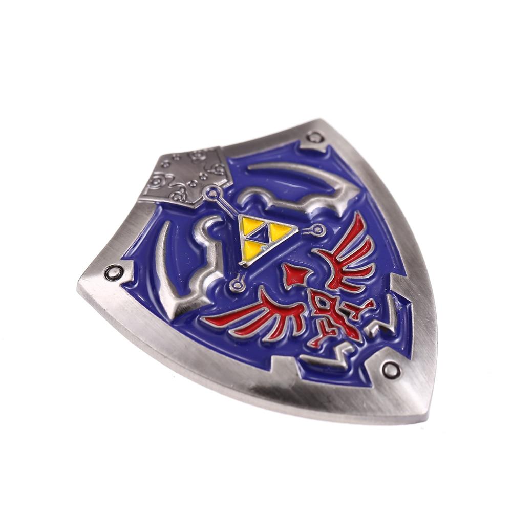 Pinos Broche Do Jogo The Legend of Zelda Hylian Escudo quente Para Os  Homens De Metal de Alta Qualidade ambiental Presente Agradável Jóias  Dropshipping em ... 45b38e3d948