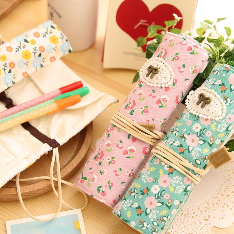 Sweet countryside fresh flowers roll pencil bag portable pen case cosmetic bag