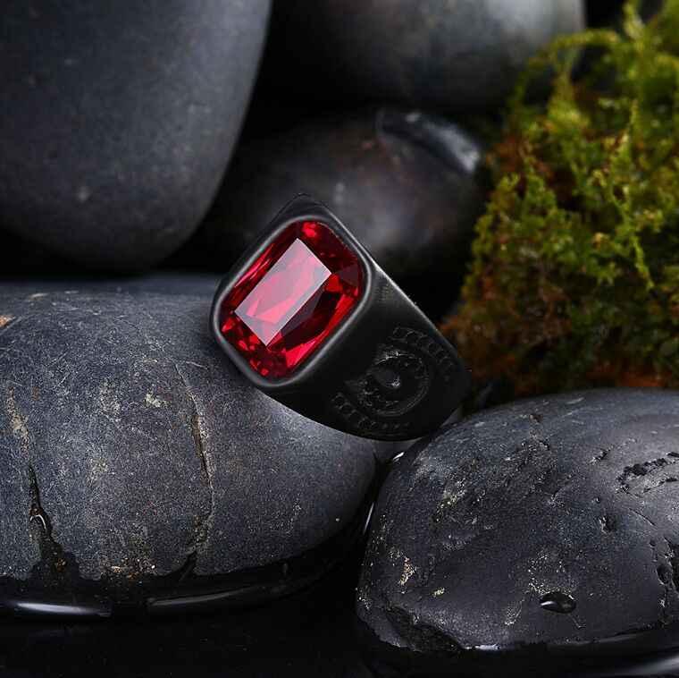 หมองคล้ำขัดสีดำแหวนหินสีแดง 316L สเตนเลสผู้หญิงผู้หญิงสีดำสไตล์แฟชั่นสไตล์ Biker แหวน
