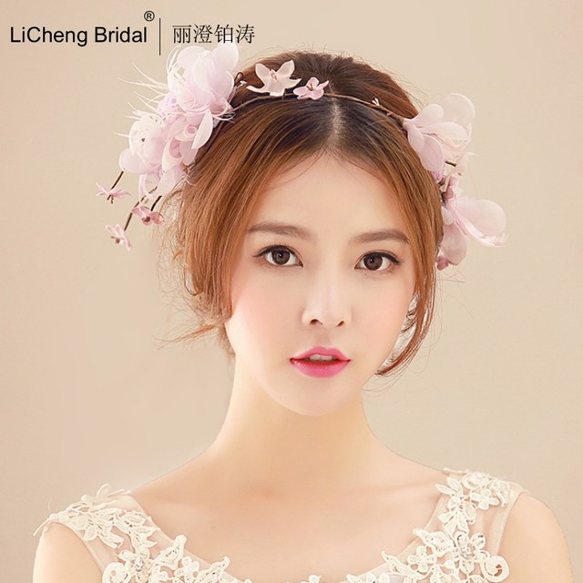 Newest Design Beautiful garden style silk yarn flower hairpiece with handmade bride hoop for marrige 2017